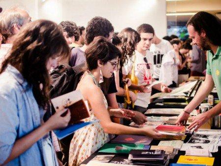 Feira reúne publicações impressas por R$1,99